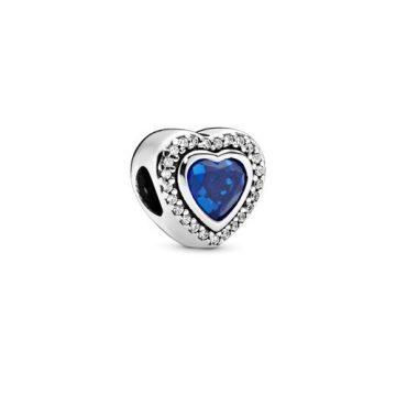 Pandora Bájos szív charm 797608NANB
