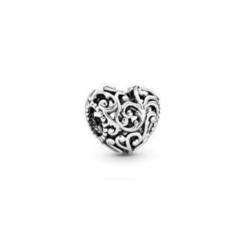Pandora Fenséges szív charm 797672